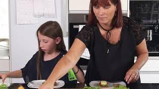 Hvad Skal Vi Spise: Naja Münster og mor Hanne (Smørrebrød)