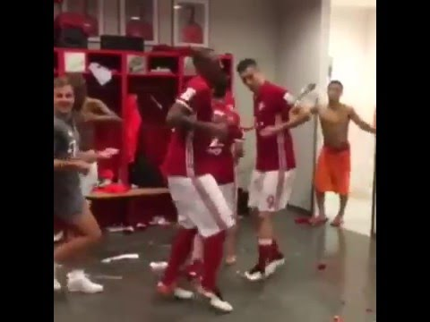Bayern Munich celebration Bundesliga Champions |2015-2016 | HD