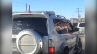 Благовещенцу на автомобиль прикрепили секс-игрушку