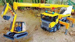 포크레인 구출하기 중장비 크레인 트럭 자동차 장난감 모래놀이 Excavator Rescue Crane Car Toy Video for Kids