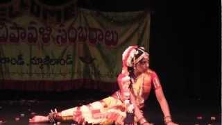 Chandramukhi Rara Dance by Sushma Kuncha - New Zealand Telugu Association 2012