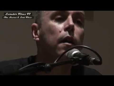 """Iván Ferreiro 19.10.11 """"El Equilibrio es Imposible"""" ¡Piano Solo! (Avance Concierto) Leñador Films TV"""