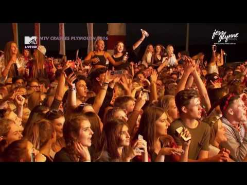 Jess Glynne - Hold My Hand (Live at MTV Crashes Plymouth 2016)