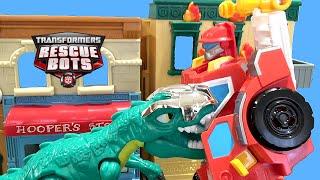 Transformers Rescue Bots Toys Heatwave Stories! Dinobots vs Dinosaurios Robot
