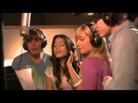 High School Musical - I Can't Take My Eyes Off Of You HD !!
