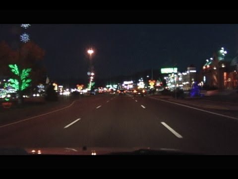 Driving Through Pigeon Forge and Gatlinburg Tennessee Holiday Season