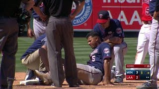 MIN@LAA: Escobar gets injured on slide, later exits