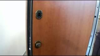 Итальянская бронированная дверь с электронным замком(Презентация итальянской бронированной двери с кодовым электронным замком и другими функциями такими как,..., 2013-01-22T09:11:11.000Z)