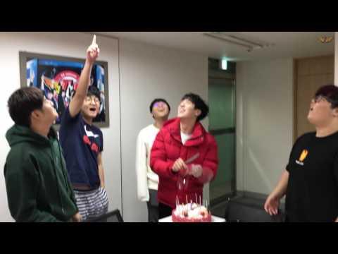 LOL : December 23rd Happy kkOma Day!