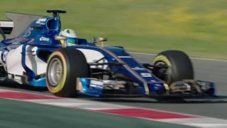 Sauber F1 Team first on the racetrack | AutoMotoTV
