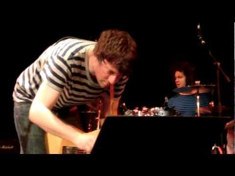 Graham Coxon - I Wish (Live @ Princess Pavillion, Falmouth)