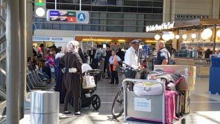 SkyCap verse passenger at Los Angeles International Airport part 1