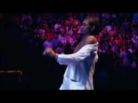 Usher - Work it Out (LIVE EVOLUTION 8701)