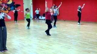 Chale Jaise Hawaein - Main Hoon Na - ZUMBA FITNESS with MIRO