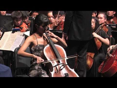 Monica Luat Performs Schumann (Punavision - May 2011)