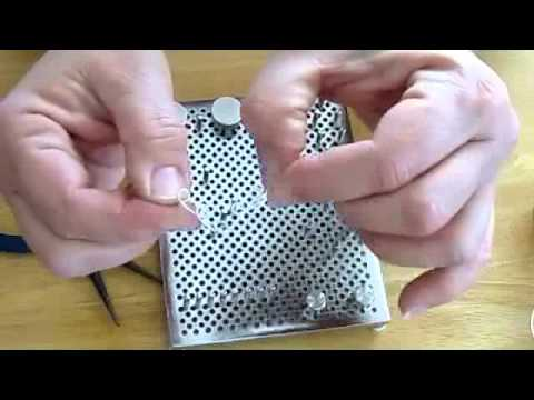How to Use a Wire Jig for Jewelry Making - YouTube