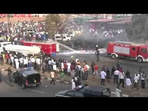 Nigeria violence More than 70 killed in Abuja bus blast | BREAKING NEWS - 15 APRIL 2014
