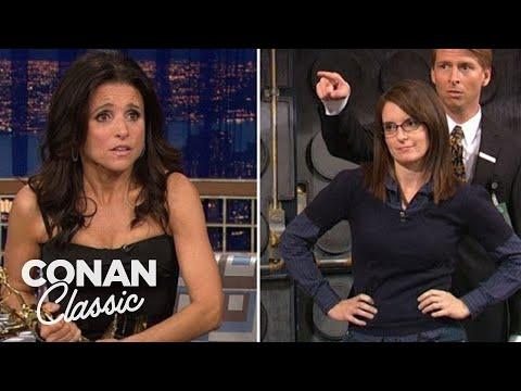 Julia Louis-Dreyfus Steals Tina Fey's Emmy -