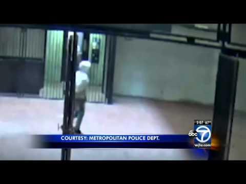 Minnesota Ave. station: Man assaults women