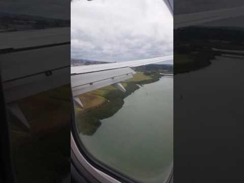 Auckland Landing VOZ 737