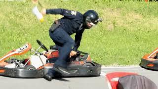 Погоня полицейского за картингом... ПРАНК