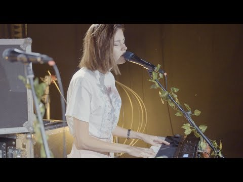Nina Nesbitt - 'The Moments I'm Missing' | BRITs Session