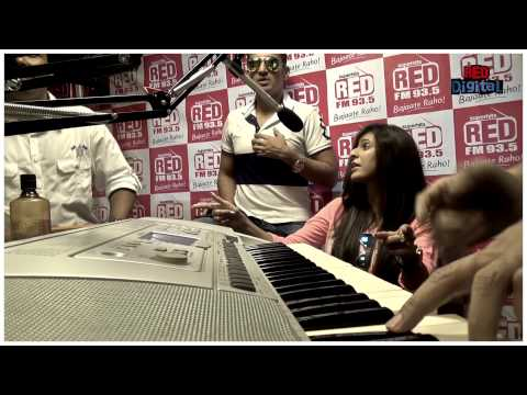 Pink Lips Unplugged by Meet Brothers at RED FM Studio
