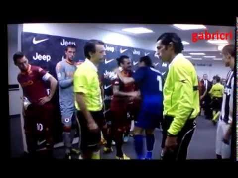 Juventus Roma 3 0 Buffon saluta Totti per la goleada