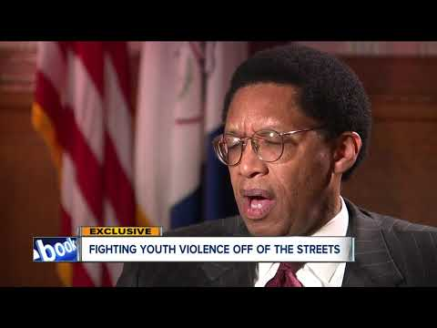 Cleveland police, city discuss new approach to handling youth violence