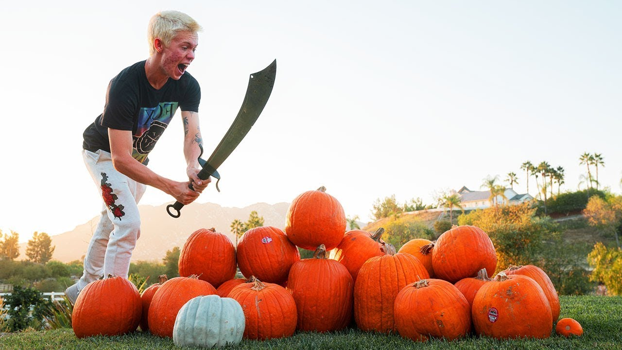 real-life-fruit-ninja-vs-pumpkins-2