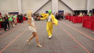The Mask Cosplayers Dancing at Montreal Comiccon 2016