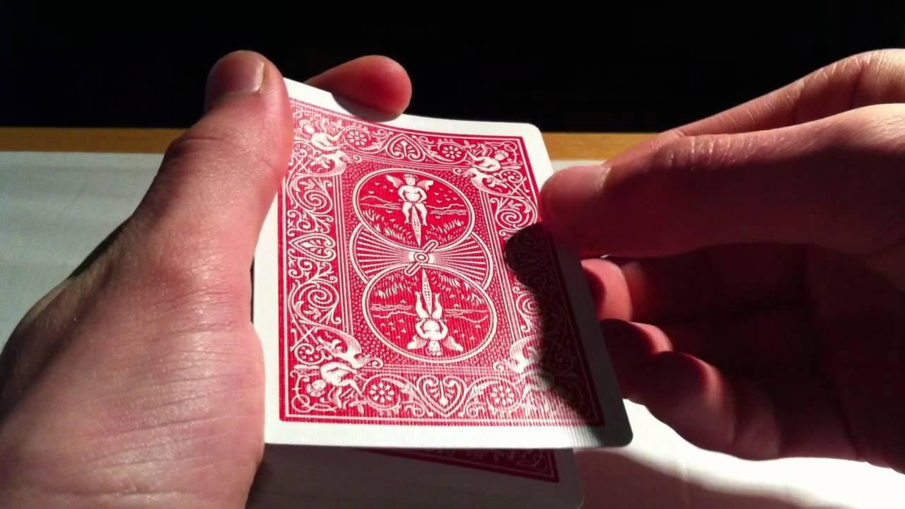Tour de magie avec des cartes - Magie simple expliquée ...