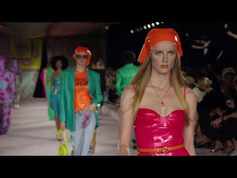 Versace - Spring/Summer 2022  - Milan Fashion Week