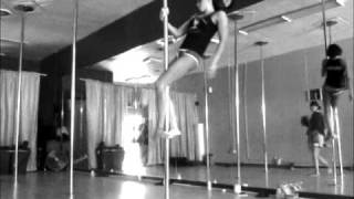 One Minute Intermediate Pole Dance Sequence by Nicole Williams of Allure Dance Studio