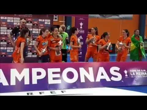 El Burela celebra la victoria en una emocionante Copa de la Reina