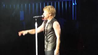 Jon Bon Jovi sings Hallelujah at Tiger Jam 2012