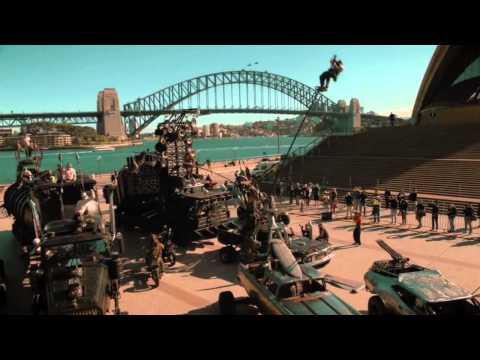 Mad Max, Sydney Opera House