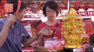 Malaysians get in the spirit of Chinese New Year