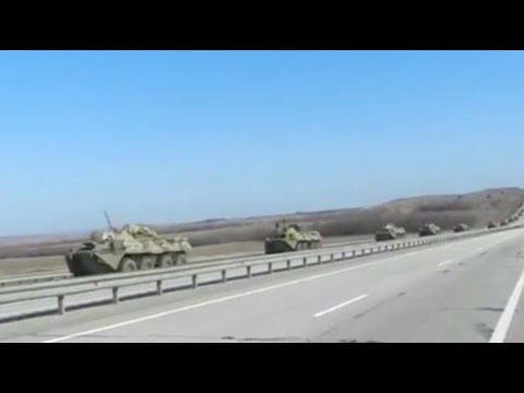 Large Russian army convoy moves toward Ukraine