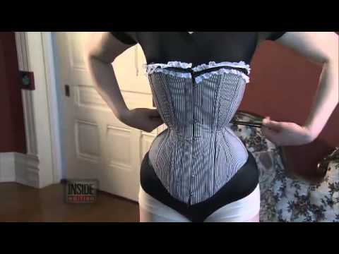Woman Wears Corsets To Live In Victorian Era