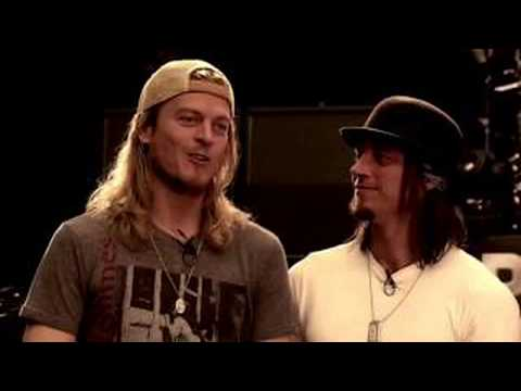 Puddle Of Mudd - Stoned & Blurry - Live iHeartRadio [Audio Only] 2009