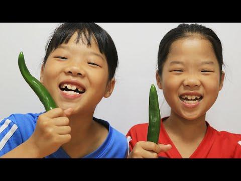 Download Mukbang Green Pepper 唐辛子 Pimiento verde italiano TwinRoozi 고추 먹방 쌍둥이루지 Mp4 baru