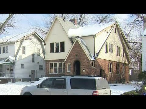 2 men killed in Detroit home fire believed to be caused by space heaters