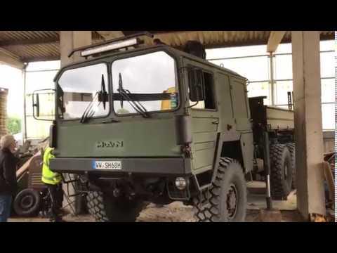 MAN KAT1 KHD V8 Deutz air cooled engine Palfinger crane  in action / KAT 1 in Arbeit Military truck