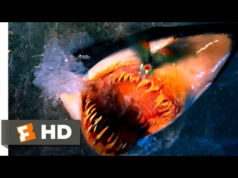 Deep Blue Sea - A Feathered Snack Scene (5/10)   Movieclips