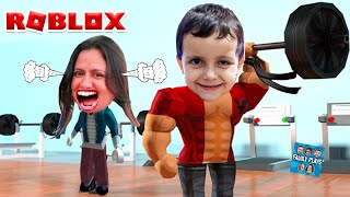 I WAS STRONG AND I IRRITED MY MOTHER IN ROBLOX!! (Roblox Weight Lifting Simulator) Family Plays