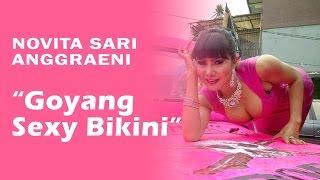 Download Video Novita Sari Anggraeni (Mama Abdel) - Goyang Sexy Bikini MP3 3GP MP4