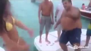 Мужик тюлень -  Грязные Танцы 201