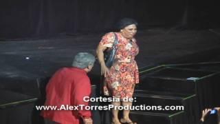 Repeat youtube video Susa Epi y Lolo Bond en Orlando, Florida