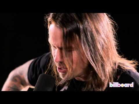 Alter Bridge's Myles Kennedy & Mark Tremonti - 'Addicted To Pain' LIVE at Billboard